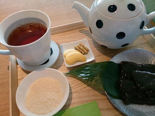 茶庭 然花抄院・わらび餅セット